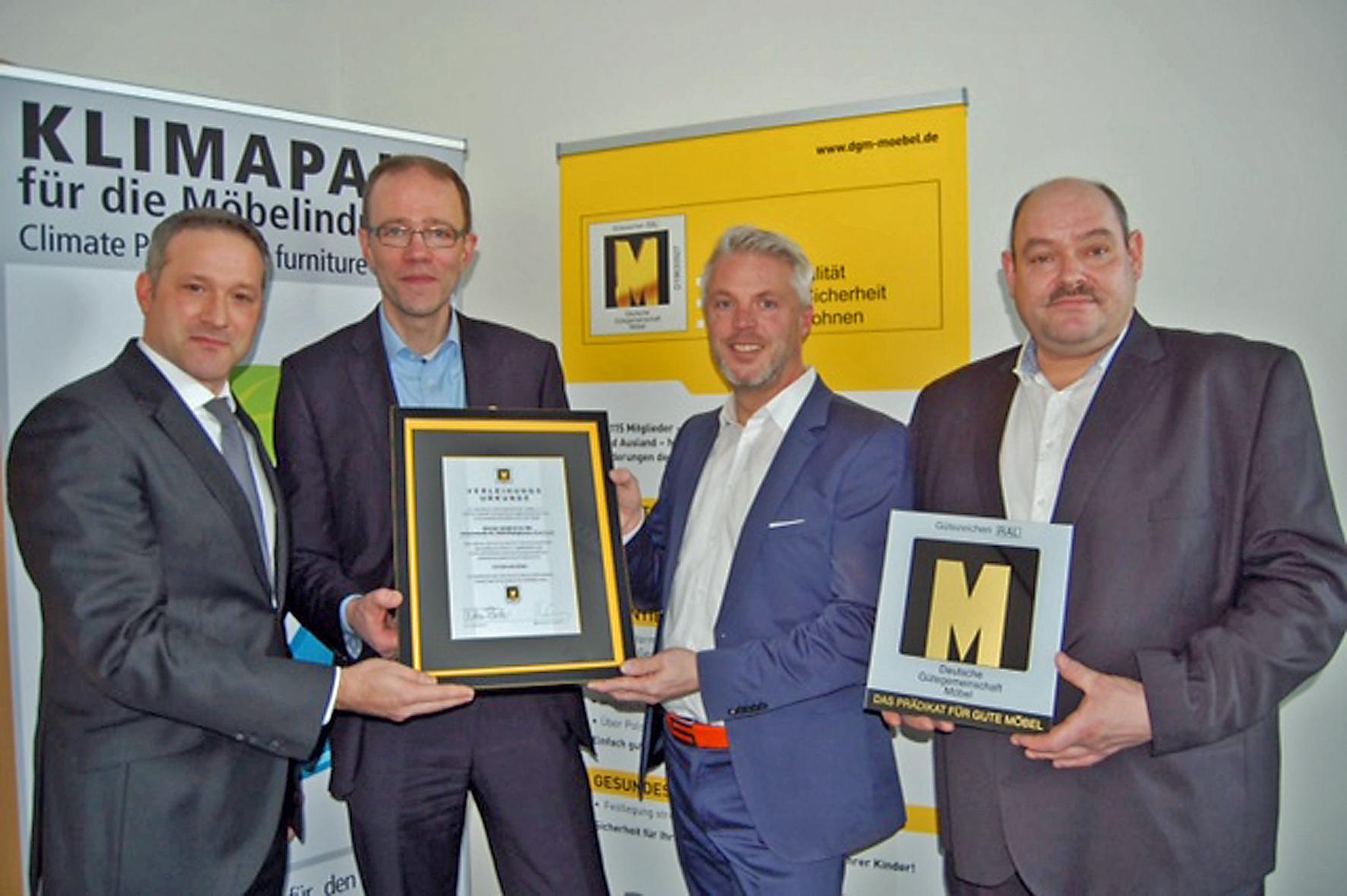 Pressemitteilungen verband der deutschen m belindustrie for Kuchenhersteller deutschland