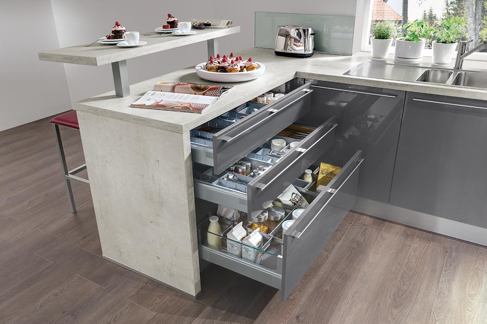 Beim einrichten einer neuen küche ist den käufern wichtig möglichst zukunftsweisende standards schon heute einzuplanen denn die investition in eine neue